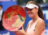 Радванска выиграла турнир в Токио