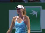 Шарапова переиграла Радванску на Итоговом турнира WTA