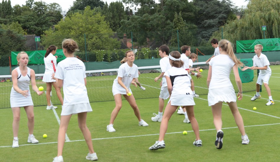 Большие нагрузки в «маленьком» теннисе