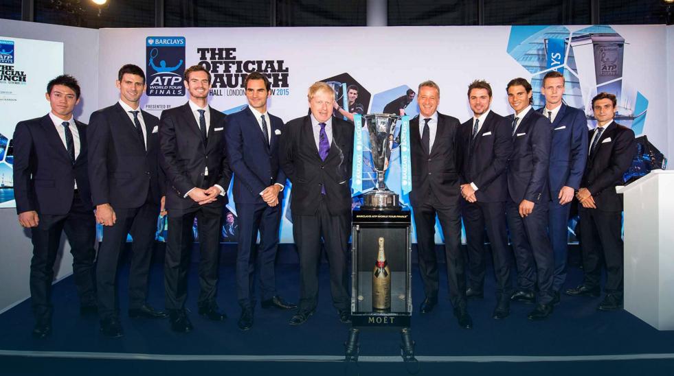 8 лучших игроков с мэром Лондона Борисом Джонсоном и президентом ATP Крисом Кермоудом.