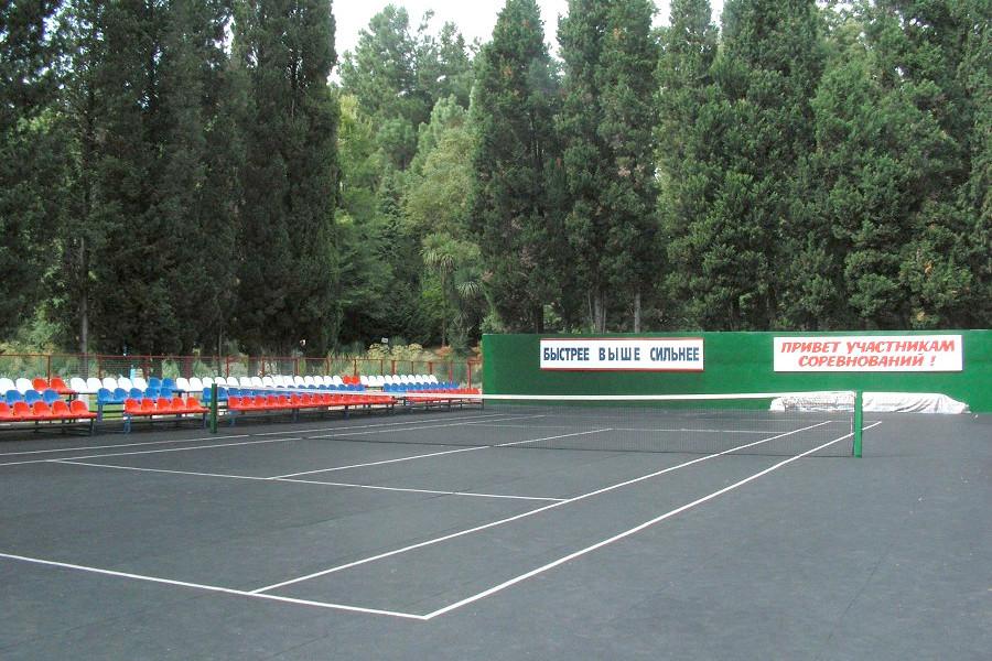 Теннисный корт в Сочи санаторий Запольярье