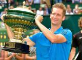 Майер обыграл Зверева и стал самым чемпионом турнира в Галле