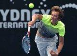 Даниил Медведев пробился в 1/4 финала соревнований в Сиднее