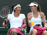 Мартина Хингис и Саня Мирза могут сыграть на турнире St. Petersburg Ladies Trophy