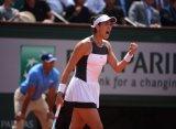 French Open. Мугуруса продолжает защиту титула, Квитова и Цибулкова завершили выступление
