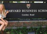 Мужская сборная Гарварда предложила Шараповой провести совместную тренировку