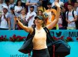 Мадрид (WTA). Шарапова одолела Младенович, Касаткина взяла верх над Мугурусой