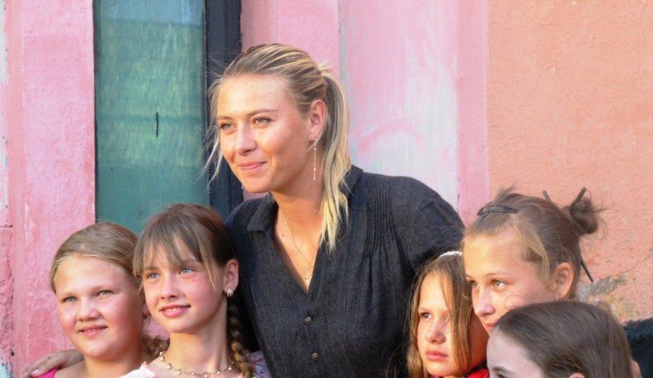 Добрая воля Марии Шараповой. Кому помогает самая богатая теннисистка мира