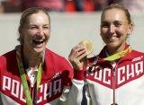 Макарова и Веснина впервые после Дементьевой стали чемпионками на Олимпиаде