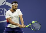 Тсонга одержал трудовую победу на старте St. Petersburg Open