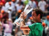 Федерер обыграл Надаля в Майами и станет четвёртой ракеткой мира