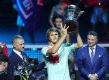 Зверев стал триумфатором турнира в Санкт-Петербурге