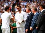"""Федерер о травме Чилича: """"Ты бился, как мог, и ты все равно герой"""""""