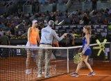 Шарапова не смогла одолеть Пуиг на выставочном турнире в Мадриде