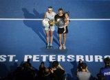 Звонарева и Бачински выиграли парный турнир в Санкт-Петербурге