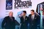 Мэр Лондона Борис Джонсон, первая ракетка мира Новак Джокович и Энди Маррей.