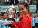 Иванович завершила теннисную карьеру
