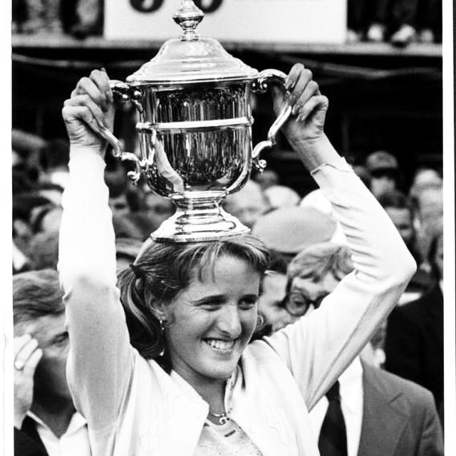 Трейси Остин — самая молодая чемпионка Открытого чемпионата США. Турнир ей покорился в 16 лет в 1979 году.