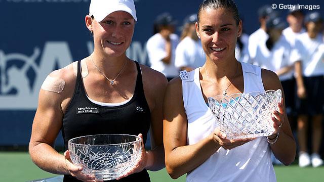 2009 - Лос-Анджелес. Выиграла парный титул WTA с Самантой Стосур.  В этом же году Пеннетта вошла в топ-10 и в историю, как первая итальянка в десятке женского рейтинга WTA.