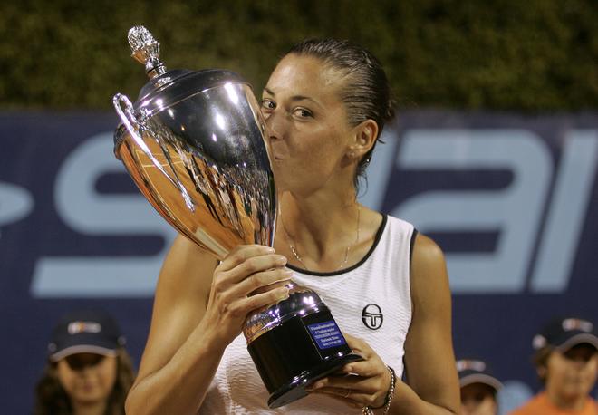 2009 - Титул WTA в Палермо. В финале играла с Сарой Эррани.