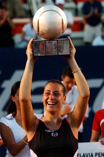 2005 - Завоевала титул в Акапулько, став в финале сильнее чешки Людмилы Червановой.