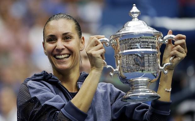 2015 - Флавия Пеннетта выиграла US Open, отправив Серену Уильямс в отпуск. И вот что ещё примечательно - выиграла она этот самый важный трофей у соотечественницы Роберты Винчи.