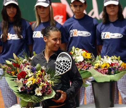 2010 - Флавия завоевала титул в Марбелле, выиграв у Суарес Наварро в финале соревнований.