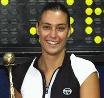 2004 - Флавия завоевала свой первый титул WTA в Сопоте, где в финале оказалась сильнее Клары Кукаловой.