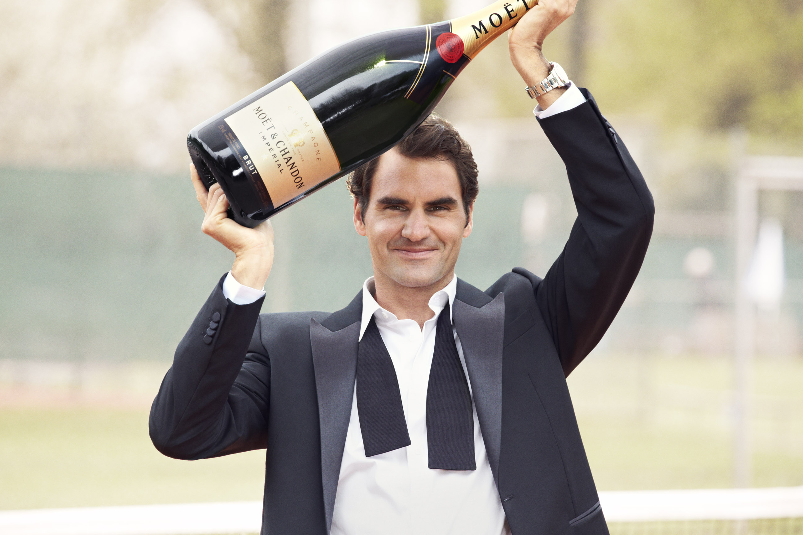 roger-federer-by-p-demarchelier-for-c2a9moc3abtchandon_1