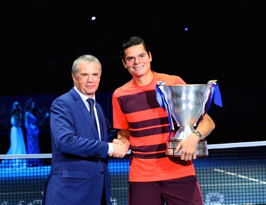 Александр Медведев (слева) и Милош Раонич (справа) после финального матча St. Petersburg Open-2015 / Фото: пресс-служба турнира