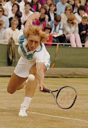 Мартина Навратилова во время Уимблдона 1984 года / AP Photo/Adam Stoltman
