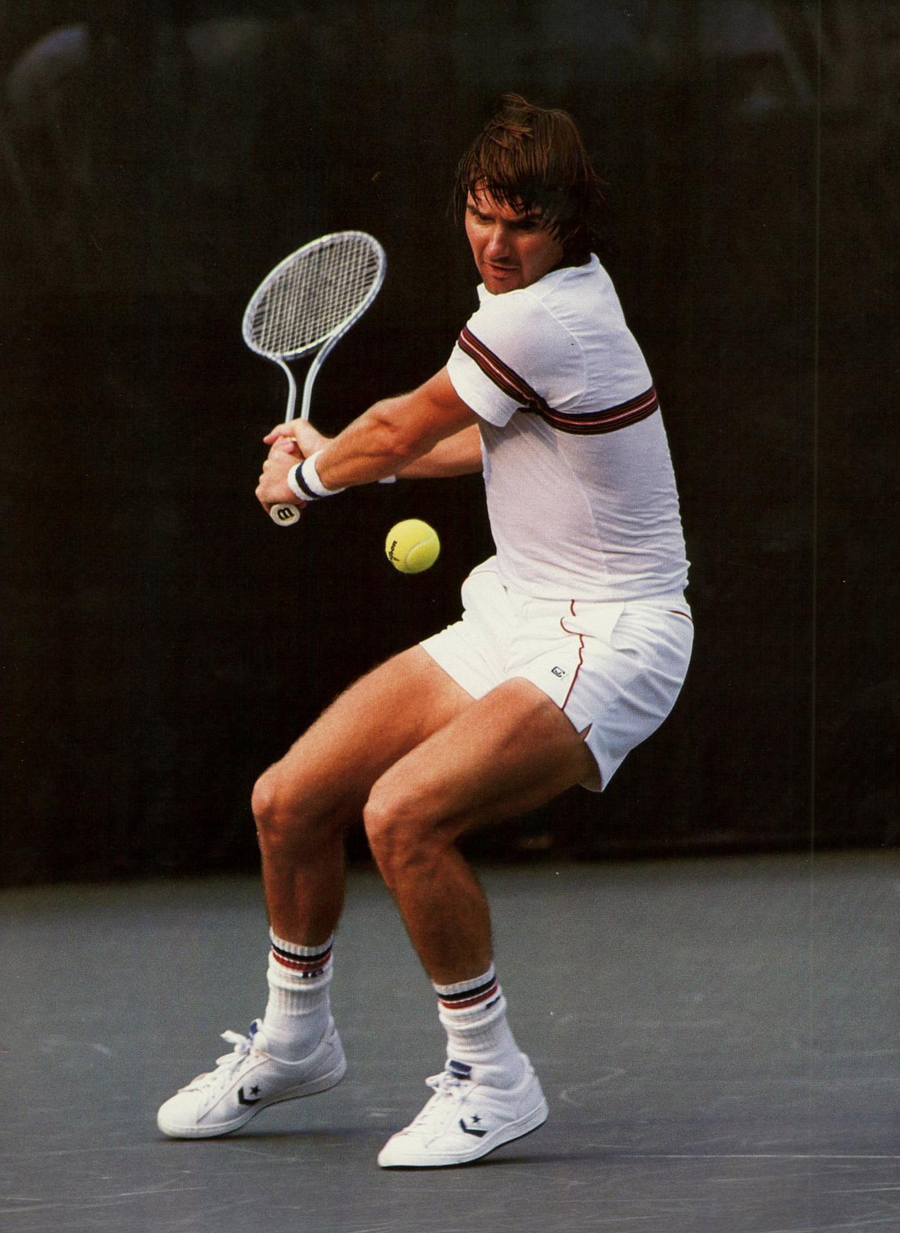 Фото: Джимми Коннорс играет на US Open ракеткой Wilson T2000