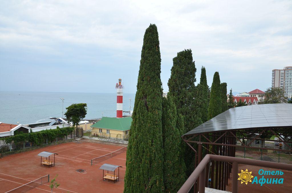 Корт отеля Афина Сочи