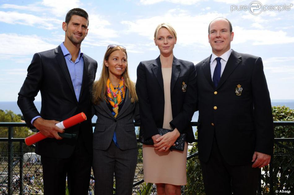 В 2012 принц Альберт вручил Джоковичу медаль за развитие физкультуры и спорта в княжестве. Фото: Albaca