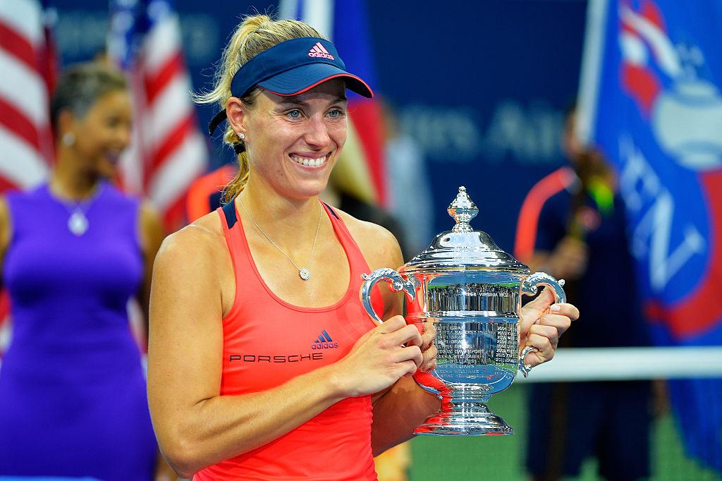 Анжелик Кербер с трофеем победительницы US Open
