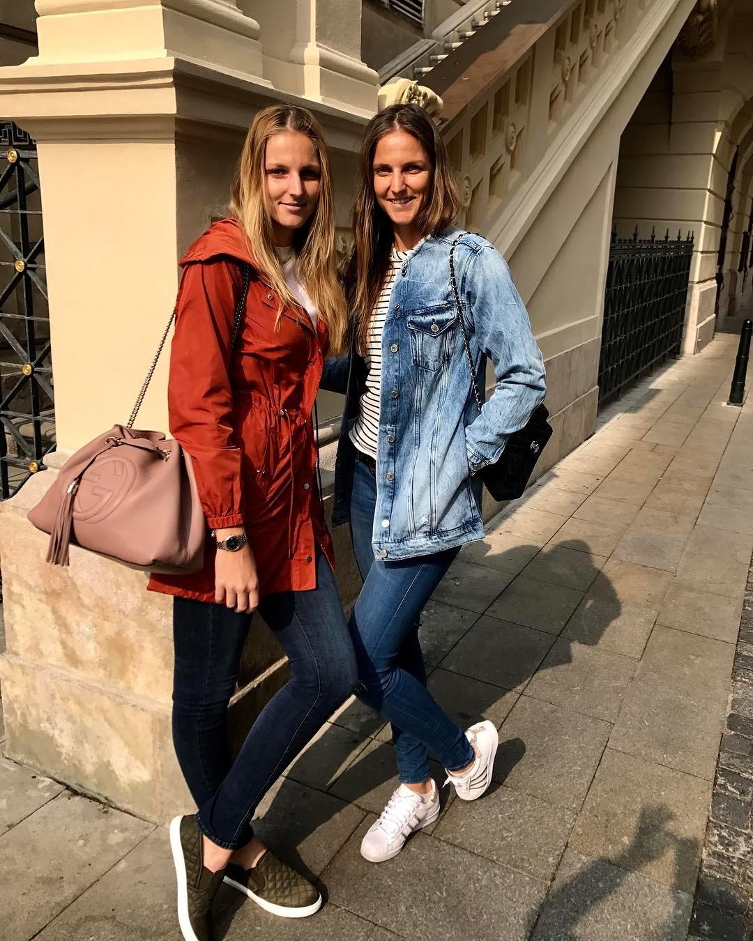 Каролина и Кристина Плишковы