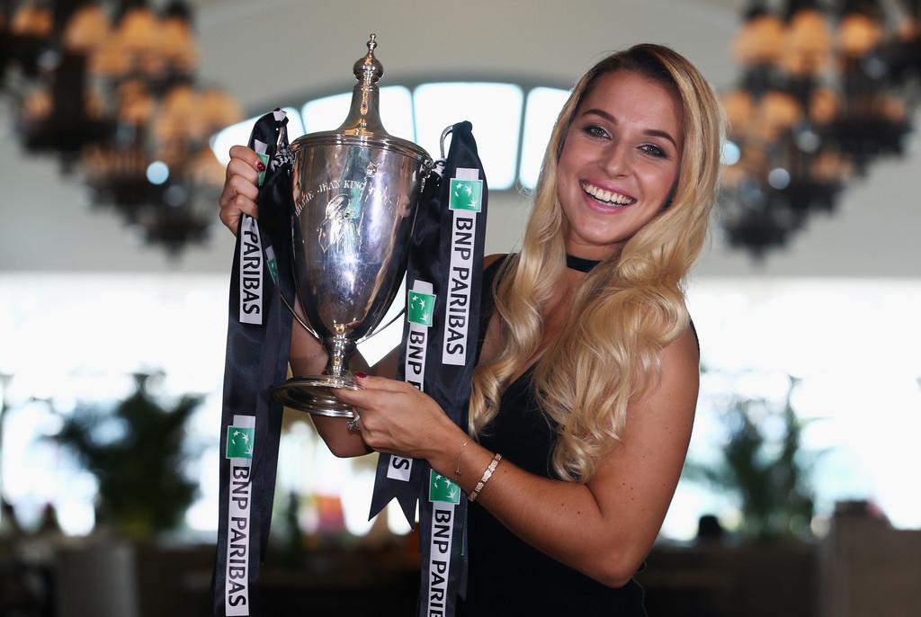 Лучшим достижением карьеры Доминики Цибулковой является победа на Итоговом турнире WTA в 2016 году