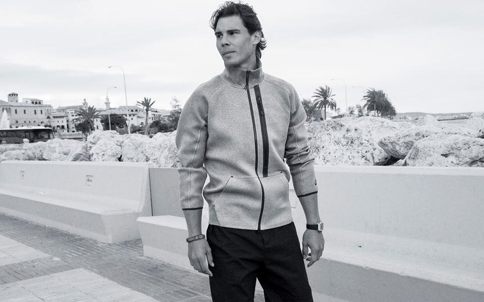 Рафаэль Надаль играет в форме Nike