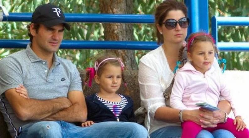 Роджер Федерер с женой и детьми